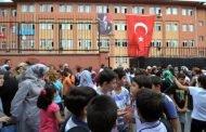 تعليق تسجيل السوريين في إسطنبول!