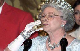 طعم الشوكولا السورية تحت أضراس ملكة بريطانية!