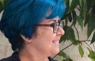«الإخبارية السورية» تلغي لقاءً مباشراً بسبب لون شعر الضيفة الأزرق!