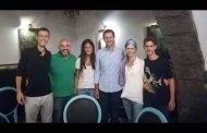 أين تناول الرئيس الأسد وعائلته العشاء ليلة أمس.. ومن هو الشخص السادس في الصورة؟