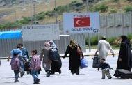 الغارديان: السلطات التركية تحتجز أكثر من 1000 لاجئ سوري لترحيلهم خلال 30 يوماً!