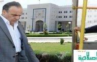 خميس يغادر من البوابة الضيقة.. نشطاء يُحيون مراسم إقالة خميسهم على طريقتهم